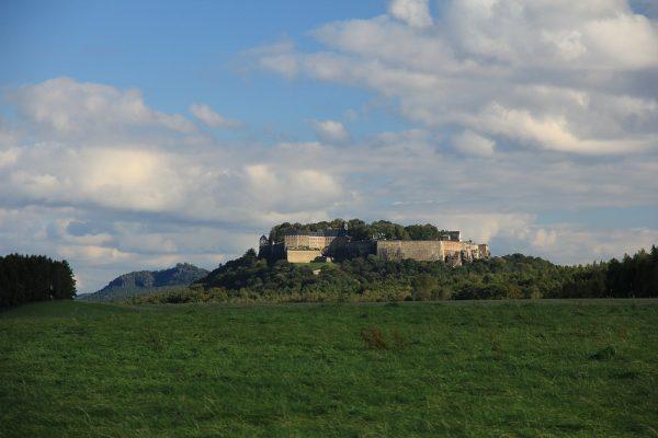KM0_Blick auf die Festung Königstein