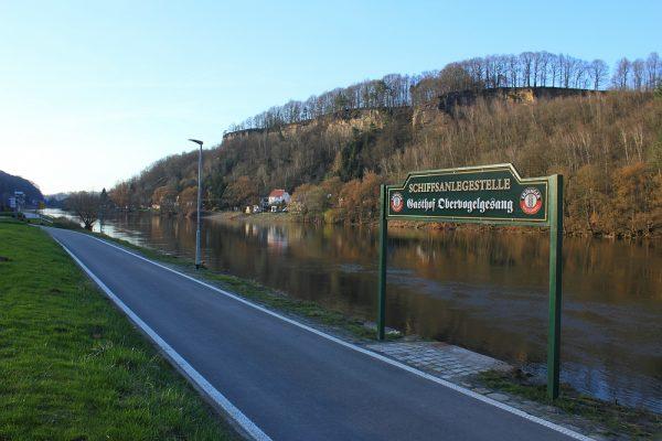 KM13_Elberadweg kurz vor Verpflegungsstelle Ortslage Obervogelgesang