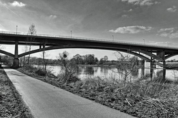 KM21_Elberadweg Pirna verlassend