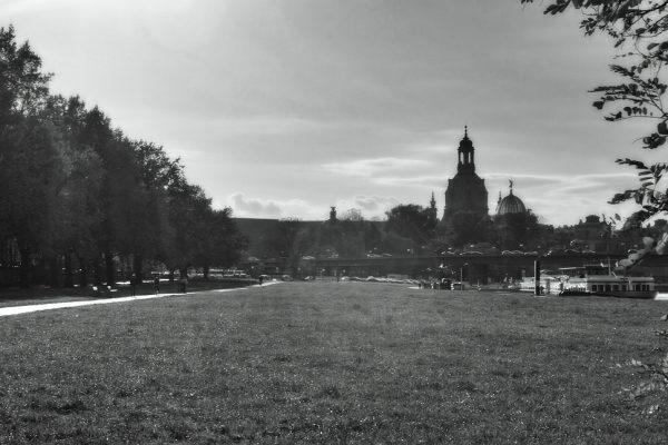 KM39,5_Elberadweg Blick auf Frauenkirche Dresden 2